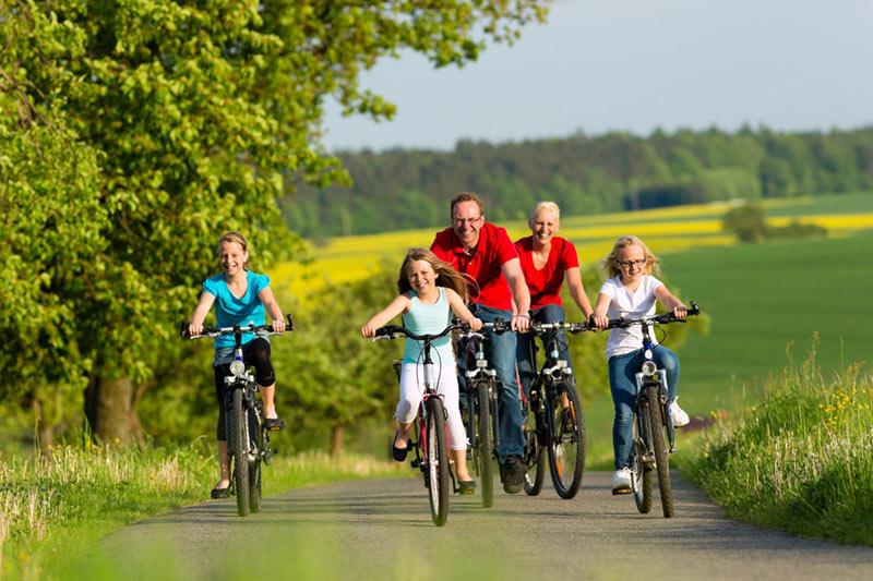 Fahrradtour mit der Familie im Weserbergland